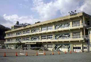 美山町立柿野小学校